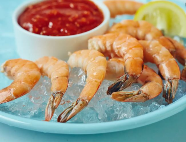 Cook Cocktail Shrimp